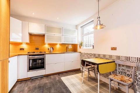 2 bedroom terraced house to rent - Napier Road, Southsea