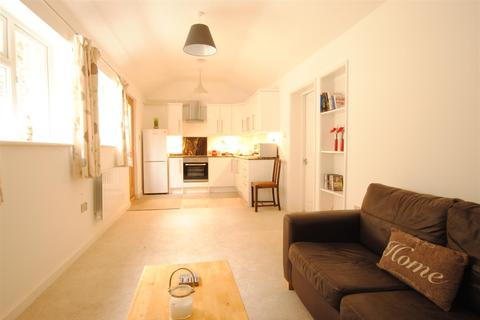 1 bedroom semi-detached bungalow for sale - Wells Road, Knowle, Bristol