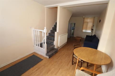 3 bedroom terraced house to rent - Catherine Street, Hillfields, Coventry