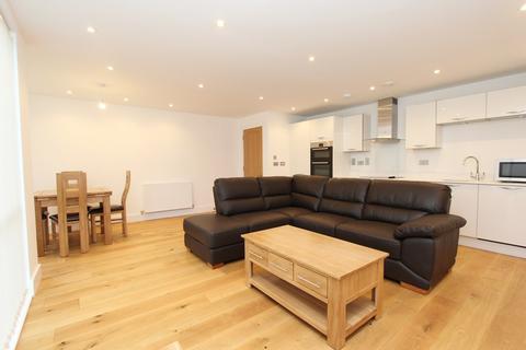 2 bedroom apartment to rent - 2 Maritime Walk, Ocean Village, Southampton, SO14
