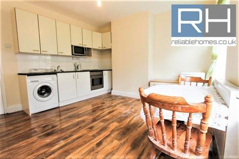 2 bedroom apartment to rent - Barnfield Gardens, Plumstead, SE18