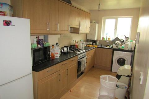 4 bedroom apartment to rent - Sirdar Road, Southampton