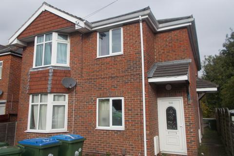 4 bedroom flat to rent - Sirdar Road, Southampton