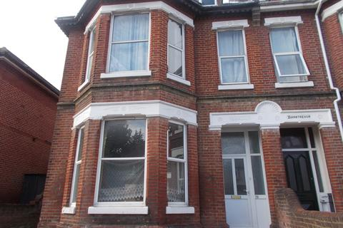 9 bedroom semi-detached house to rent - Westridge Road, Southampton