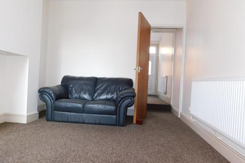 2 bedroom terraced house to rent - Leopold Road, Leicester LE2 1YB