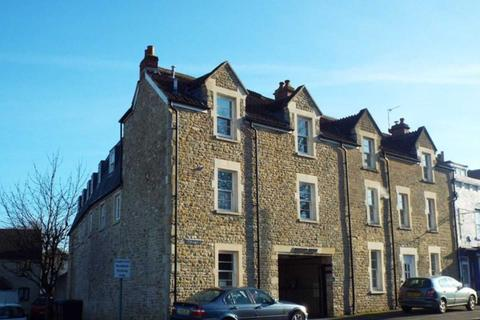 2 bedroom flat to rent - Selwood Court, Frome