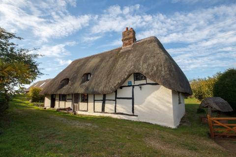 3 bedroom cottage for sale - Crookham Common Road Brimpton