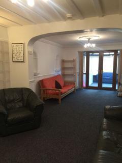 6 bedroom house share to rent - Derby Road, Lenton, Nottingham, Nottinghamshire, NG7