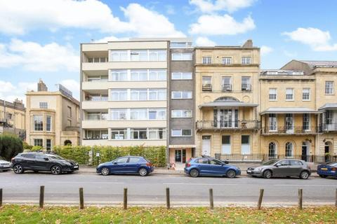 2 bedroom apartment for sale - Harley Place, Clifton