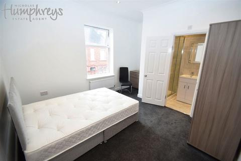 10 bedroom house share to rent - Ashford Street, Shelton
