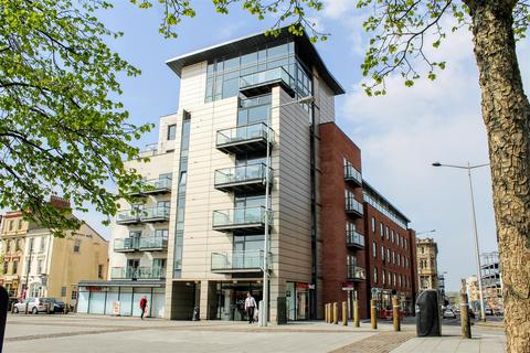 2 bedroom apartment for sale - Quayside, Bute Crescent, Cardiff Bay