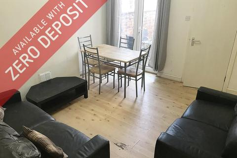 4 bedroom house to rent - Arnside Street, Rusholme, Manchester