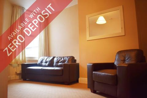 3 bedroom house to rent - Parkfield Street, Rusholme, Manchester