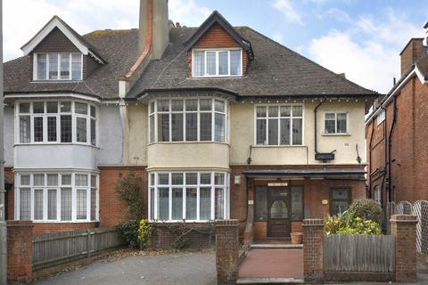 2 bedroom flat for sale - Vernon Gardens, Brighton