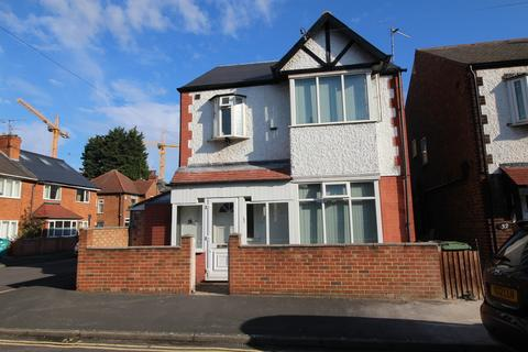 6 bedroom detached house to rent - *£100pppw* Greenfield Street , Dunkirk, NG7 2JN