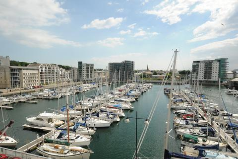 2 bedroom apartment to rent - Dolphin House, Sutton Harbour, Plymouth