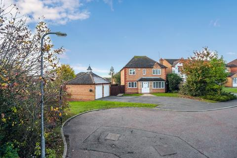 4 bedroom detached house for sale - High Greeve, Wootton