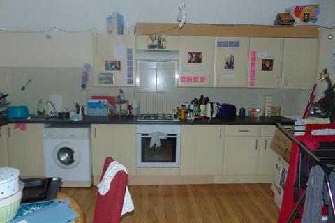 4 bedroom flat to rent - Portswood Road
