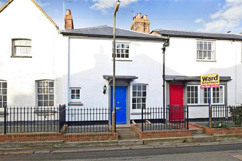 2 bedroom cottage for sale - High Street, Canterbury, Kent
