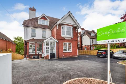2 bedroom flat for sale - Dorset Road, Bexhill On Sea, TN40