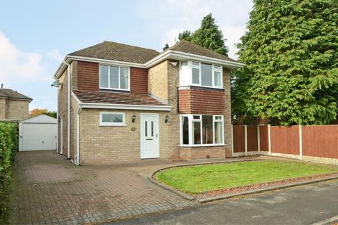 3 bedroom detached house for sale - Sutherland Crescent, Blythe Bridge, ST11 9JT