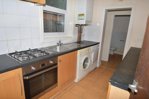 5 bedroom terraced house to rent - Tiverton Road