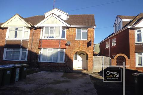 6 bedroom semi-detached house to rent - Portswood Avenue, SO17