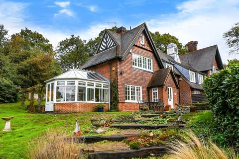 3 bedroom semi-detached house for sale - Baston Manor Road Keston BR2