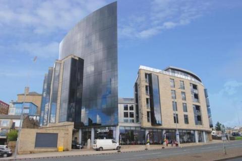 1 bedroom flat to rent - The Gatehaus, Leeds Road, Bradford, West Yorkshire, BD1 5BQ