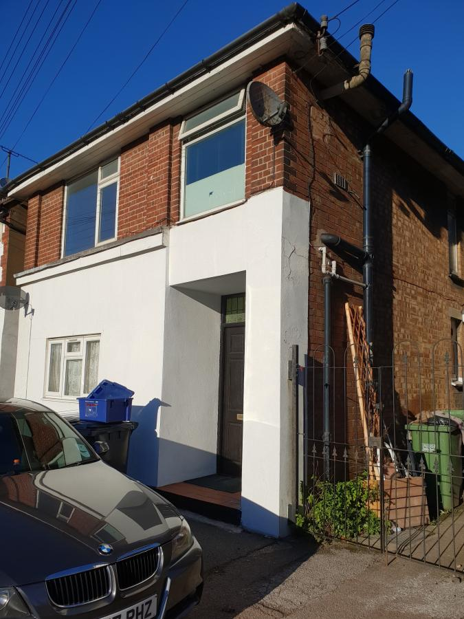 Outstanding one bedroom first floor flat availabl