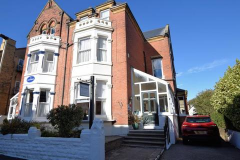 Guest house for sale - Esplanade Road, Scarborough, North Yorkshire, YO11 2AT