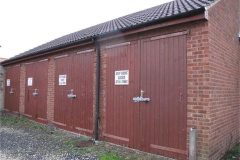 Property for sale - Lock Up Garage, Market Place, Patrington