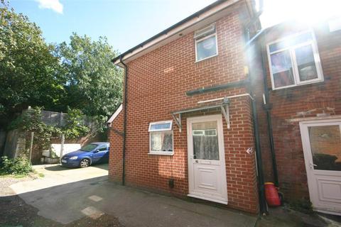 1 bedroom apartment to rent - Manor Farm Road, Southampton