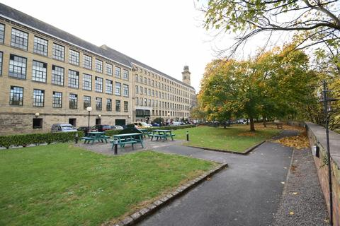 2 bedroom apartment for sale - Riverside Court, Saltaire