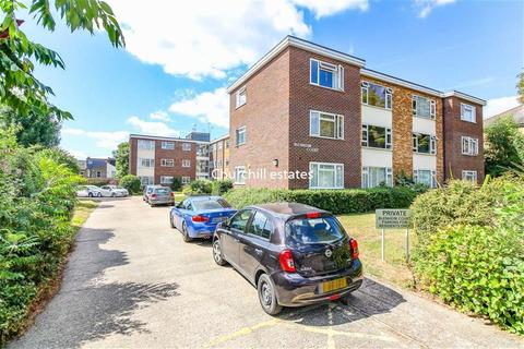 1 bedroom flat for sale - Blenheim Court, 72 Horn Lane, Woodford