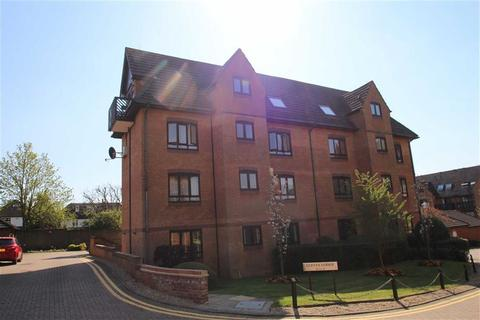 1 bedroom flat for sale - Cleves Lodge, Buckhurst Hill, Essex