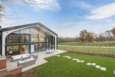 5 bedroom house for sale - Osborne Park, Hawkshead Road, Little Heath, Hertfordshire