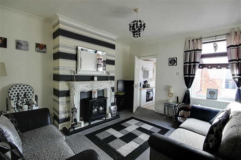 3 bedroom flat to rent - Victoria Street, Hebburn, Tyne And Wear