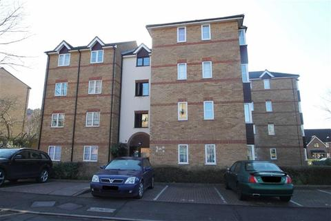 1 bedroom flat for sale - Higham Station Avenue, Chingford