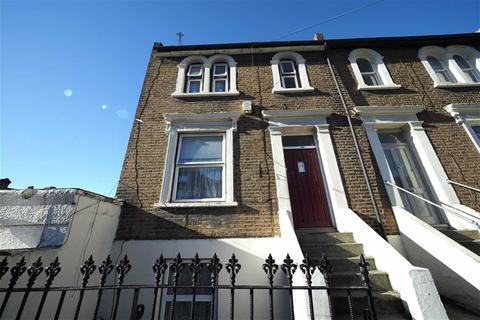 4 bedroom end of terrace house for sale - Elmdene Road, Woolwich, London, SE18