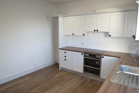 3 bedroom apartment to rent - High Street, Hailsham, BN27
