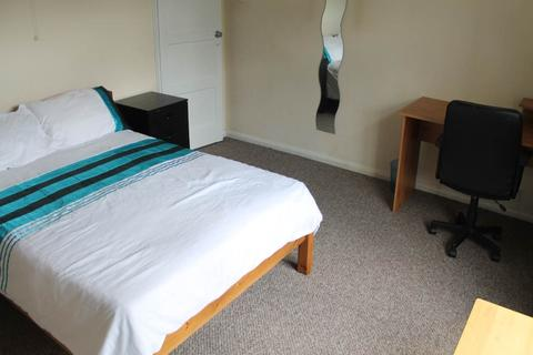 5 bedroom semi-detached house to rent - Ashbourne Road, Derby,