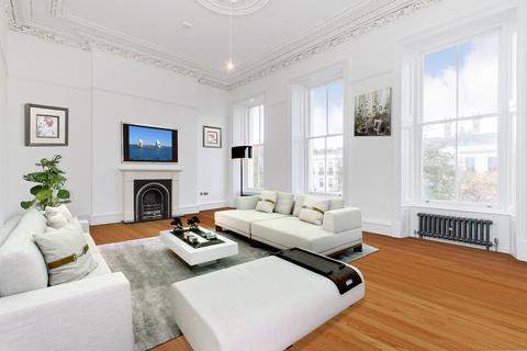 3 bedroom townhouse for sale - MAIN DOOR, 6 Newton Terrace, Park, Glasgow,