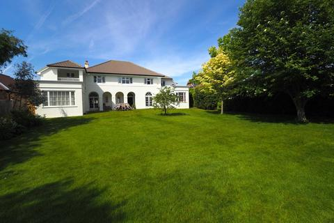6 bedroom detached house for sale - Chyngton Road, Seaford