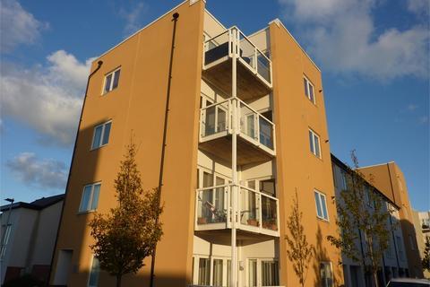 2 bedroom flat - Wain Close, Penarth
