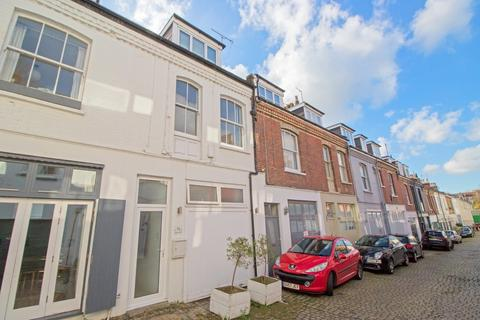 2 bedroom mews for sale - Eaton Grove, Hove