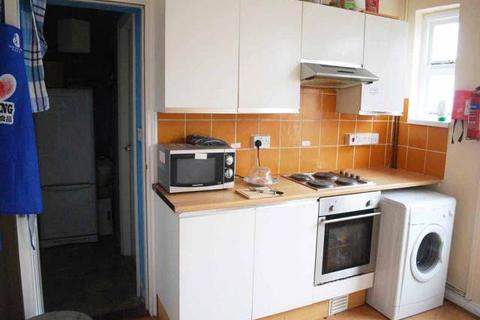 1 bedroom house share to rent - Le Breos Avenue, Uplands, Swansea
