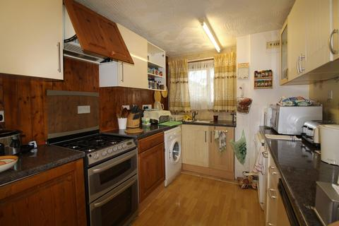 3 bedroom end of terrace house for sale - Smallwood, Peterborough, PE3
