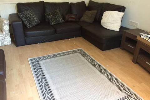 7 bedroom house share - Wellington Rd , Withington, Manchester M14