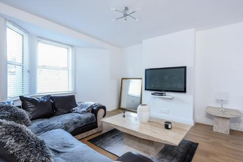2 bedroom flat for sale - Chichester Place, Brighton, , BN2